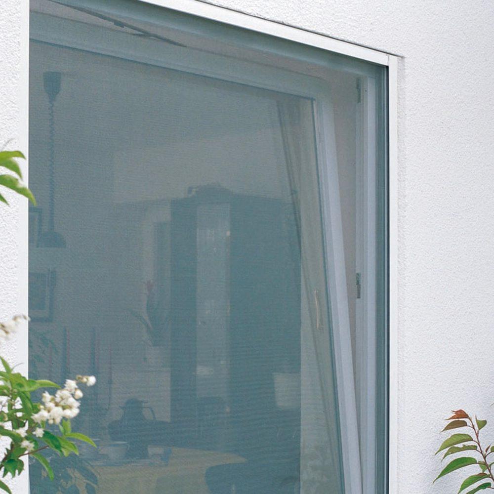 Camera con doppia zanzariera